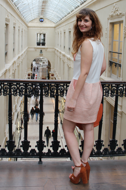 Robe corail et blanche - collection Printemps Amandine - Slow Fashion - Made in France à Nantes