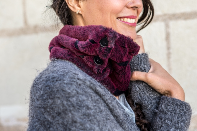 2018-10/snood-fourrure-hiver-chaud-echarpe-col-made-in-france-julie laurent