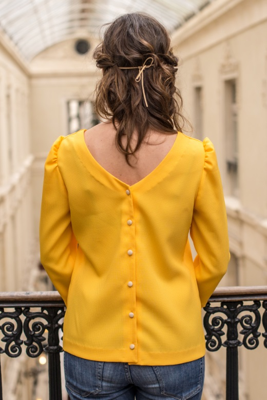 2019-03/1553769278_chemisier-anna-yellow-jaune-dos-nu-bouton-made-in-france-mode-ethique-julie-laurent-1-